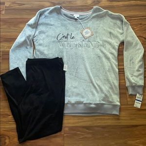 Cozy Sweatshirt and Leggings Set, size XL, NWT.
